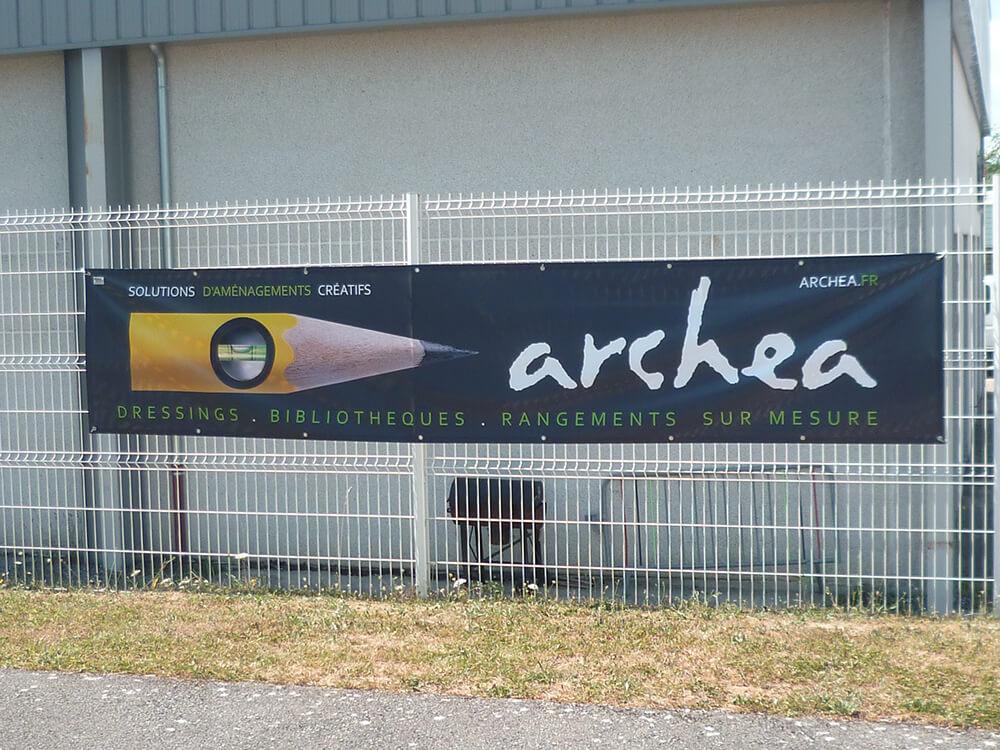Création & installation de banderoles pour Archéa