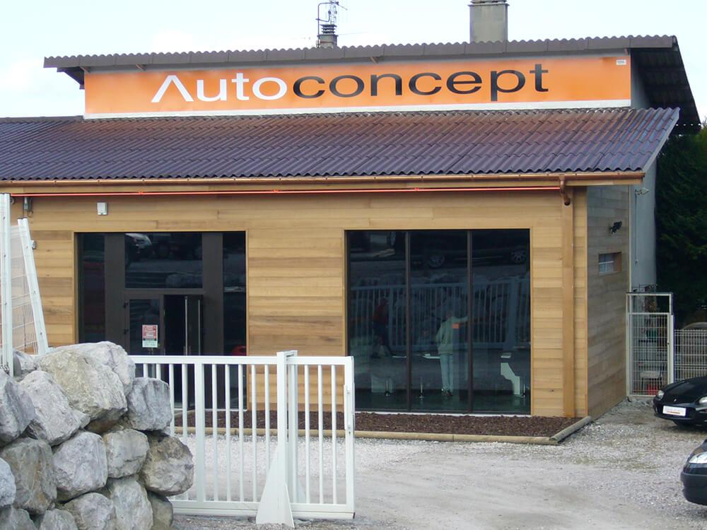 Création & installation d'une enseigne en panneau alu «Dibond» pour Auto Concept