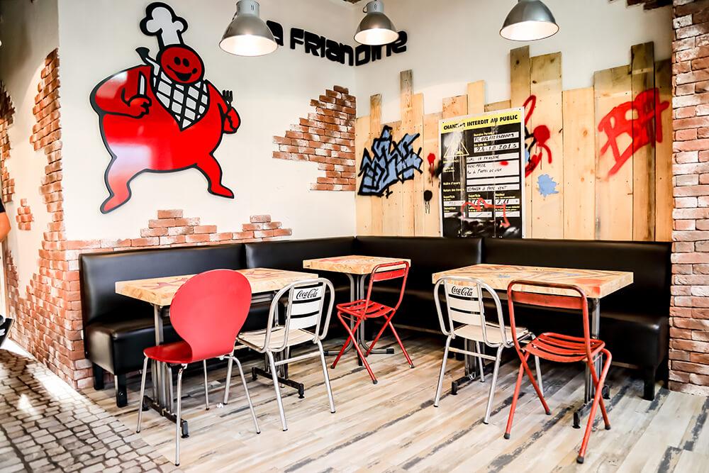 Réalisation de la décoration intérieure d'un restaurant